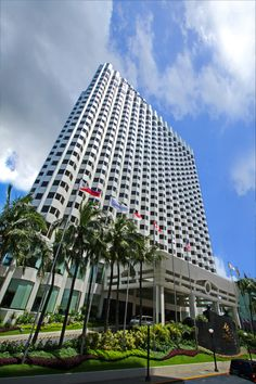 Exterior at 5 star hotel: Diamond Hotel. This hotel's address is: Roxas Boulevard cor. Quintos Street Malate Manila and have 500 rooms Philippine Architecture, Manila, 5 Star Hotels, Places Ive Been, Skyscraper, Multi Story Building, Louvre, Exterior, Diamond
