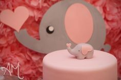 Love the elephant theme for baby shower!