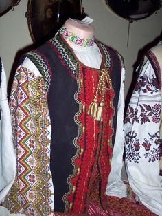 traditional ukrainian dress