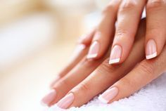 8 Step doityourself French manicure