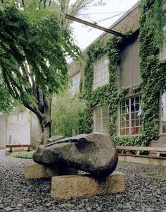 Isamu Noguchi Garden Museum / pin - dog