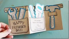 Father& Day Tool Belt Gift Card & Free Printable from AngelStreetMom - Craft Gifts, Diy Gifts, Daddy Day, Father's Day Diy, Fathers Day Crafts, Diy For Fathers Day, Homemade Fathers Day Card, Happy Fathers Day Cards, Grandparents Day