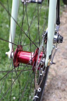Bobbys fat road by Tomii Cycles, via Flickr Road Cycling, Cycling Bikes, Road Bike, Build A Bike, Garage Bike, Bike Components, Bike Details, Push Bikes, Speed Bike