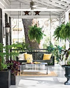 """Savannah  """"The Front Porch"""" in our Home Tour: Riverside Cottage gallery"""