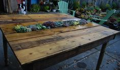 Recycled Pallet Furniture Ideas, DIY Pallet Projects – 99 Pallets – Part 12 - Modern Pallet Furniture Outdoor Table, Recycled Pallet Furniture, Outdoor Dining, Pallet Tables, Backyard Furniture, Table En Bois Diy, Diy Table, Wood Table, Planter Table