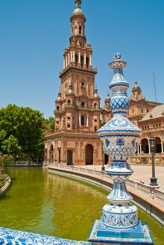 Plaza de España in Seville - Andalusia, Spain Places Around The World, Oh The Places You'll Go, Places To Travel, Around The Worlds, Madrid, Uk And Ie Destinations, Wonderful Places, Beautiful Places, Sevilla Spain