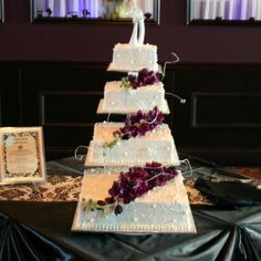 Cold Stone Ice Cream Cake Wedding Cake   3 Flavors   Yellow Cake, Caramel  Layer