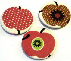 1 Stoffbutton Apfel 5,9♥f Loops, Taschen, Auswahl von ஐღKreawusel-aufgehübschtஐღ  auf DaWanda.com