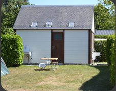 emplacements grand confort - sanitaires individuels Camping 3, Saint, Shed, Outdoor Structures, Brittany, Barns, Sheds