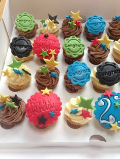 Mini cupcakes 21st Birthday Cupcakes, Mini Cupcakes, Party, Desserts, Food, Tailgate Desserts, Deserts, Essen, Parties