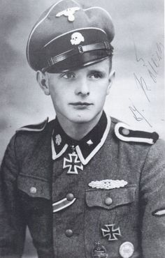 ✠ Josef Rölleke (23 August 1924 - 6 October 2011) RK 16.06.1944 SS-Unterscharführer Meldestaffelführer III./SS-Pz.Gren.Rgt 5