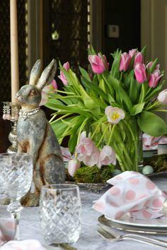 Easter Spring Love On Pinterest Easter Centerpiece