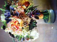 Peach & Succulent Bouquet/ various texture and color really make a bouquet stand out and unique