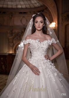 "The most popular dress on 2017 year. Model 1701 ""Pentelei"" #fashion #weddingdress #collection2017 #bride #wedding #pentelei"