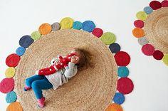 Alfombras hechas con materiales y texturas orgánicas - Mamidecora