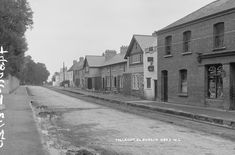 This view of Main Street, Tallaght in South County Dublin has changed… Dublin Library, Dublin City, Old Pictures, Old Photos, Vintage Photos, French Collection, Photo Engraving, History Photos, Main Street
