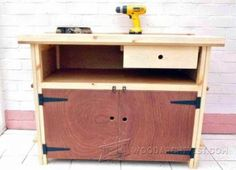 Compact Workbench Plans - Workshop Solutions Plans, Tips and Tricks | WoodArchivist.com