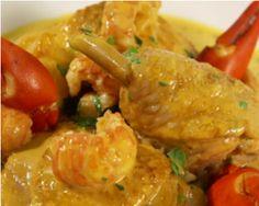 Poulet aux écrevisses, pomme dauphine de Philippe Etchebest : http://www.cuisineaz.com/recettes/poulet-aux-ecrevisses-pomme-dauphine-85428.aspx