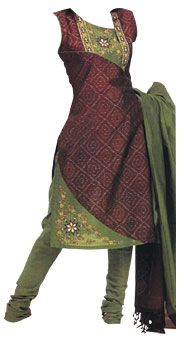 Salwar Kameez with Dupatta, Indian fashion. Worn in India since the first century. Still worn today. Salwar Dress, Indian Salwar Kameez, Salwar Suits, Anarkali, Indian Dresses, Indian Outfits, Pakistani Suits, Punjabi Suits, Salwar Designs