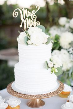 The Most Popular Elegant Wedding Cakes ❤ See more: http://www.weddingforward.com/elegant-wedding-cakes/ #weddingforward #bride #bridal #wedding