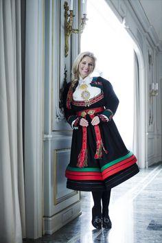 Setesdalsbunad Folk Costume, Costumes, Norwegian Food, Traditional Outfits, Norway, Scandinavian, Harajuku, Pride, Culture
