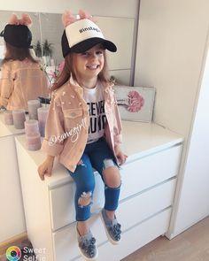 Morning♀️⛅️#kidsmodels#kidslookbook#kidsfashionblogger#kids#kidsfashion#kidstyle#kidsmodel#kidsmood#kidsstyle#kidsootd#kidstyles#minimodels#fabulouskiddies#fashion#fashionblogger#fashionstyle#minifashionista#minifashion#fashionistas#mojewszystko#jestembojestes#mylove#mybestie#purelove#