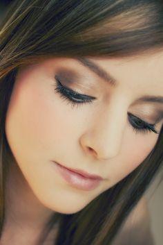 Soft brown eye makeup!