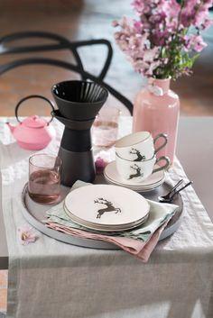 Egal ob zum Kaffee, zum Mittagessen oder Abenddinner - Gmundner Keramik passt einfach immer - handgefertigt seit 1492 Table Decorations, Home Decor, Eat Lunch, Kaffee, Handmade, Simple, Recipies, Decoration Home, Room Decor