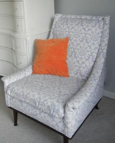 Mid-century Retro Modern Chair Revival