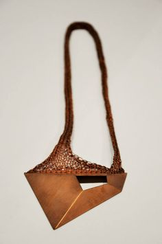 JAD Contemporary Jewelry by Frederique Coomans