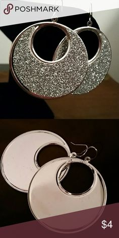 SPARKLING GLITTER EARRINGS Very Sparkly Silver Glitter Earrings Jewelry Earrings