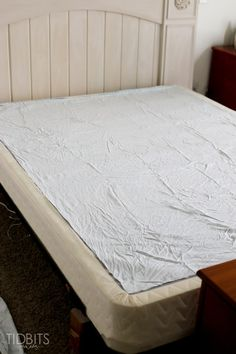 Gathered Bed Skirt made from a drop cloth or any fabric of choice. Time saving gathering technique included in tutorial. - by TIDBITS Arte Shabby Chic, Bedroom Design On A Budget, Bedroom Ideas, Bedroom Decor, Bed Valance, Curtains, Bed Organiser, Diy Bett, Colorful Bedding