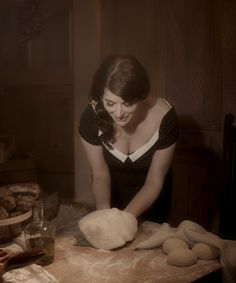 """Sometimes…we don't want to feel like a postmodern, postfeminist, overstretched woman but, rather, a domestic goddess, trailing nutmeggy fumes of baking pie in our languorous wake."" ~ Nigella Lawson, How to Be a Domestic Goddess"