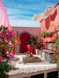 Pink Courtyard. Delicious.
