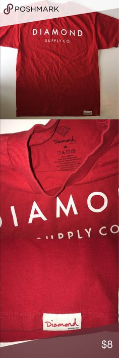 Men's Diamond Supply Co tee Size M Men's Diamond Supply Co tee. One tiny hole in the front (last pic) can barely tell. This is a nice simple Tee in good condition. Classic Size M Diamond Supply Co. Shirts Tees - Short Sleeve