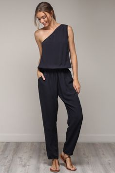 1daddfe2d0ba Contemporary women s clothing and accessories