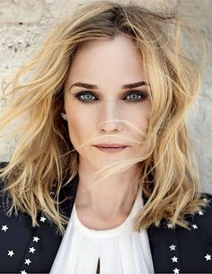 Diane Kruger - Photoshoot for Grazia Magazine (France) May 2015 Diane Kruger, Pretty People, Beautiful People, Blond, Grazia Magazine, Corte Y Color, Mademoiselle, Black White Fashion, Mi Long
