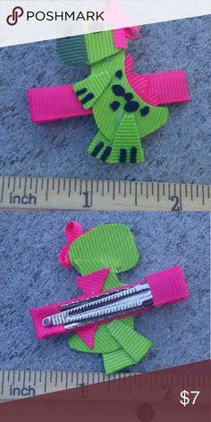 Green baby dinosaurs handmade boutique hair clip Brand-new handmade boutique hair clip Accessories Hair Accessories