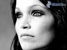 visage femme photo noir et blanc