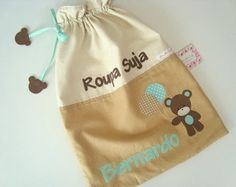 Saquinho de Roupa Suja - Urso Amoroso Baby Kit, Baby Sandals, Baby Decor, Hand Embroidery, Diy And Crafts, Applique, Patches, Reusable Tote Bags, Sewing