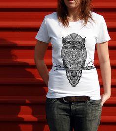 Camiseta com estampa 'Tattoowl' no Camiseteria. Autoria de Neo0001. Coruja bem legal.