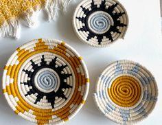 Baskets On Wall, Hanging Baskets, Wall Basket, Basket Weaving, Hand Weaving, Bohemian Backdrop, Above Bed Decor, Ramadan Crafts, Key Bowl