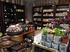 KahVilla Gift Shop. Photo: Elina Pitkänen. #Finland #Helsinki #Giftshop #KahVilla #Decoration #Gifts #Cafe #Robertscoffee