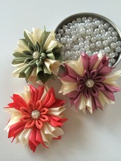 3 pieces of flower appliquekanzashi flower by MCsupplies on Etsy, $6.99