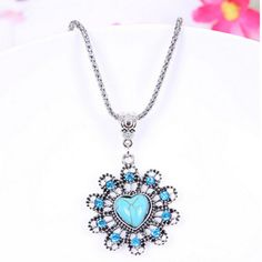Women cool necklace