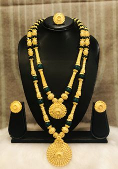 - The best company for African Clothing Gram gold jewelry offer runing Real Gold Jewelry, Gold Jewelry Simple, White Gold Jewelry, Gold Earrings Designs, Selling Jewelry, Fashion Necklace, Bridal Jewelry, African Fashion, Pearl Necklaces