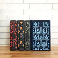 Book Club Books, Book Art, Books To Read, My Books, Penguin Clothbound Classics, Christmas Writing, Adventures Of Sherlock Holmes, Adventures Of Huckleberry Finn, Book Spine