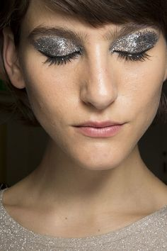 You can never have enough glitter! @maccosmetics #LFW