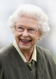 Queen Elizabeth II - Windsor Horse Show - Day 3 If I were Queen, this is the kind I'd want to be--smiling.