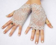 Silver lace fingerless gloves from Steampunk Wolf